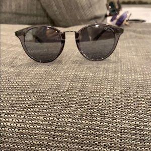NWOT QUAY glasses